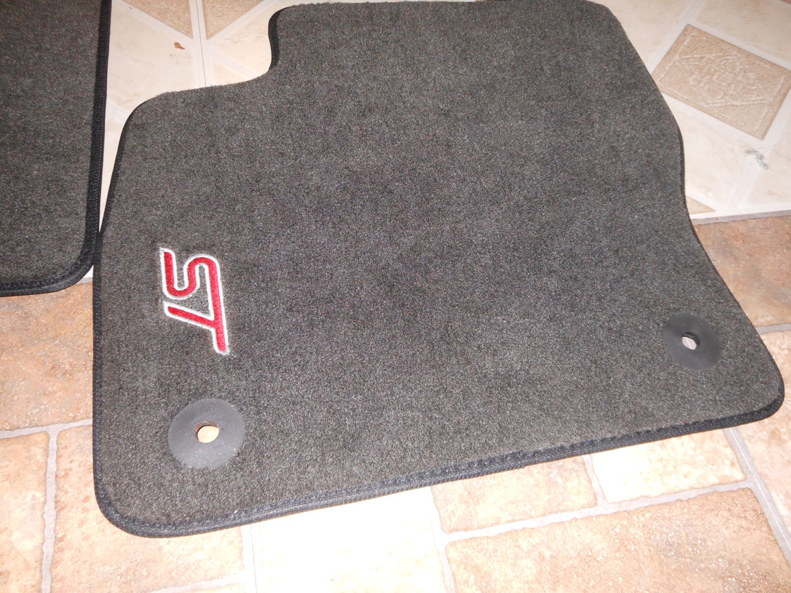 Ford Focus St Car Mats With Logo